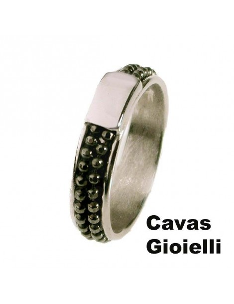 Anello,fascetta in argento con inserto di catena nera