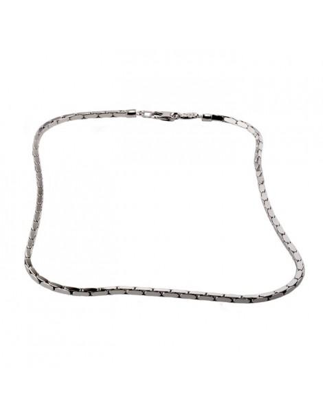 Girocollo in argento con maglia a sezione quadra