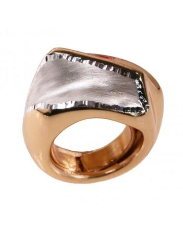 Anello grande in argento dorato