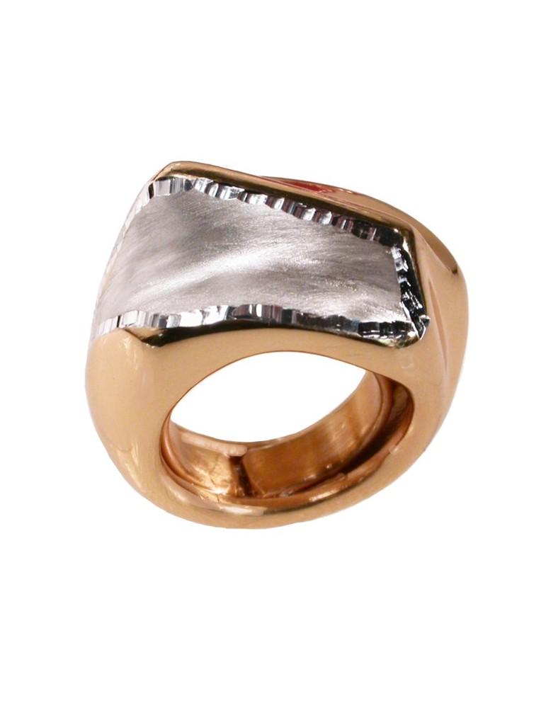 Grande anello in argento dorato e diamantato